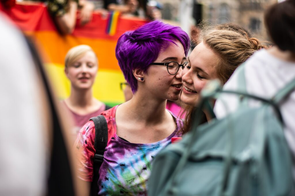 two lgbtq women_coming out fromclosetc_lgbtq_tickle.life